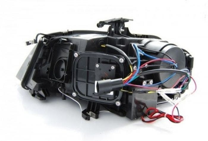 Audi-A4-B8-Chrome-koplamp-achterzijde